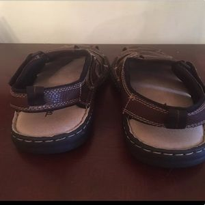 32e8819fa1c Thom McAn Shoes - Men s Thom McAn Brown Sandals Size 8 D